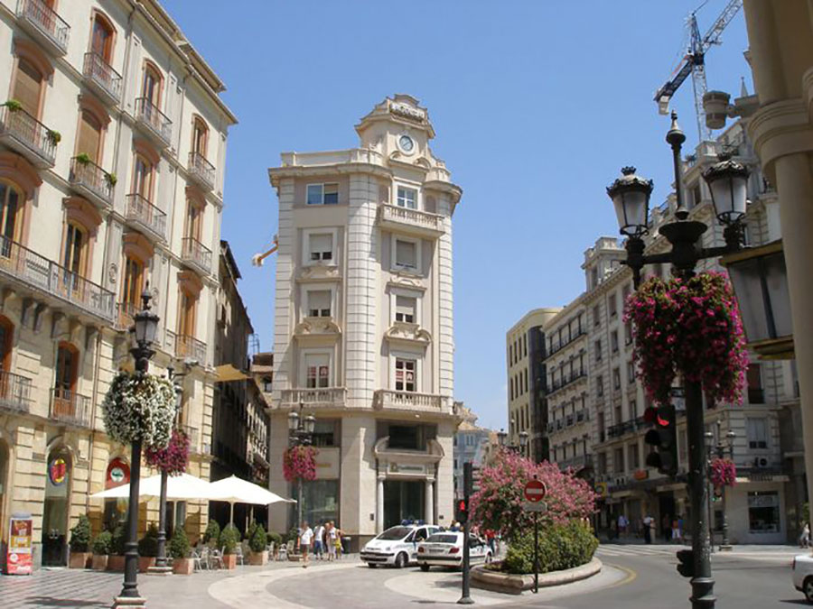 Granada Puerta Real